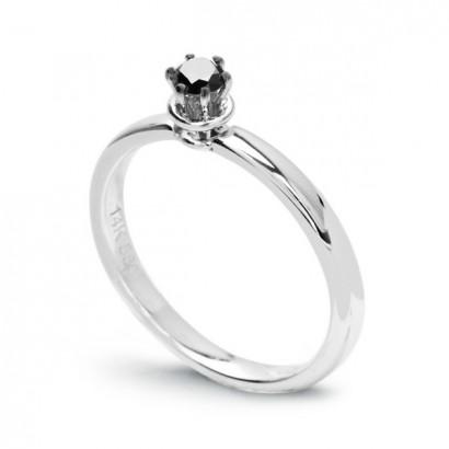 14CT WHITE GOLD BLACK DIAMOND RING