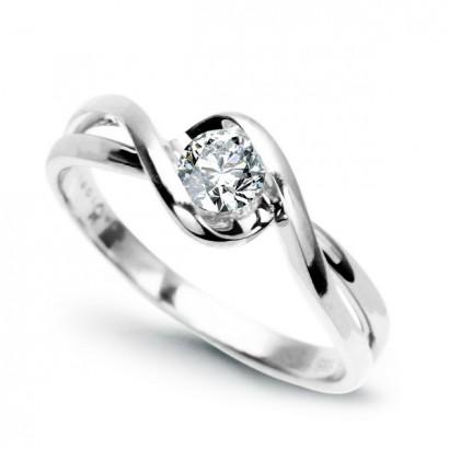 14CT GOLD DIAMOND RING