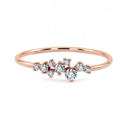 14CT ROSE GOLD DIAMOND RING.