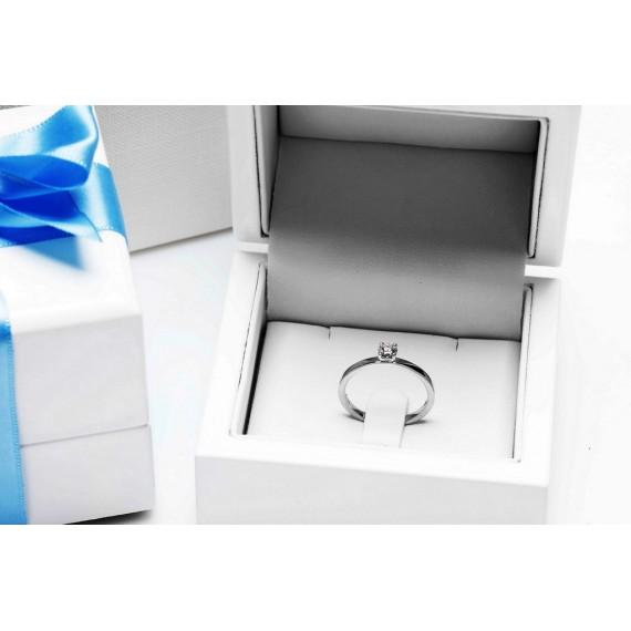 14CT WHITE GOLD DIAMOND ENGAGEMENT RING